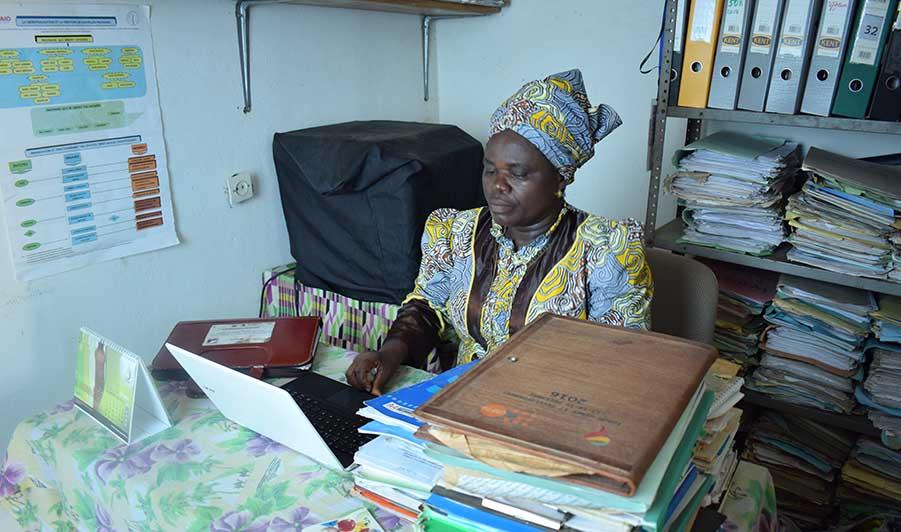 Mme Marie Mandiangu ONG LEVAIN DES MASSES